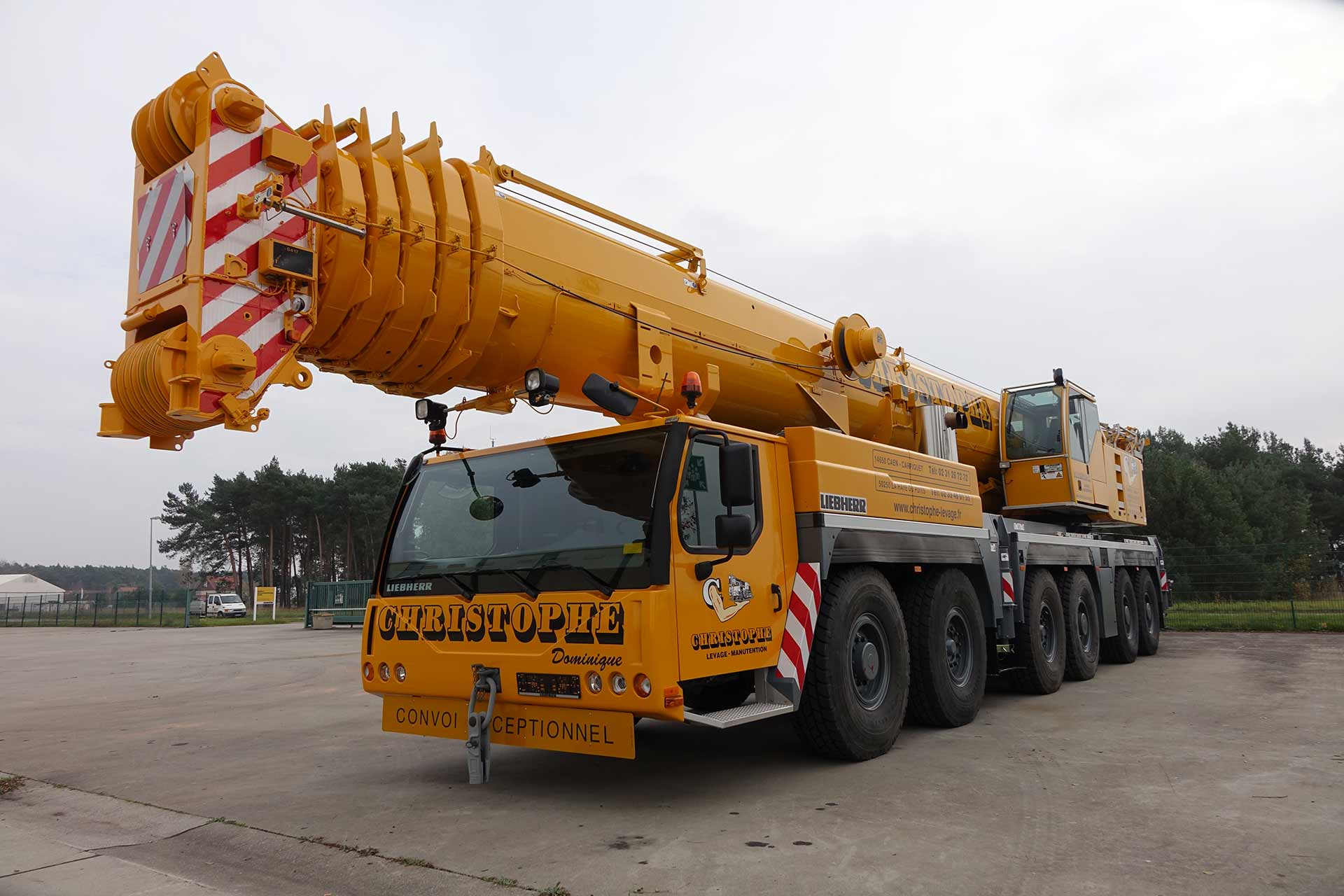 Christophe levage grue mobile 250 tonnes
